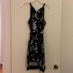 White House Black Market Black/White Floral Dress
